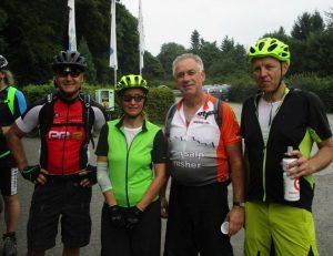 Martina, Dieter und zwei weitere Radsportfreunde aus Erkelenz.